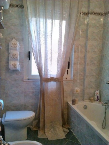 Aiuto tende bagno  Vivere insieme  Forum Matrimoniocom