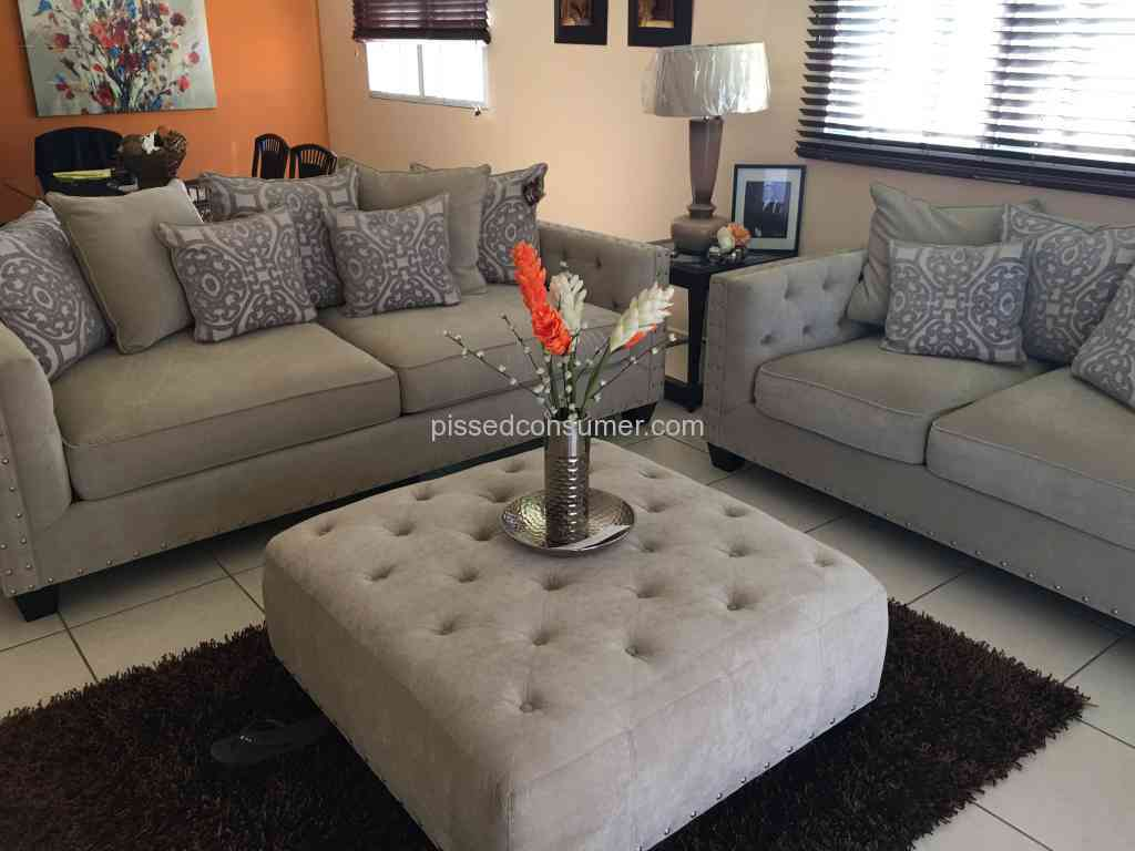 Rooms To Go  Cindy Crawford Living Room Bad Quality Feb