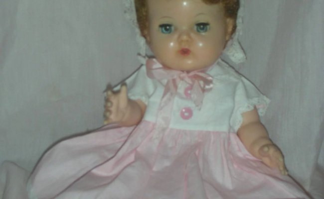 Vintage American Character Tiny Tears Doll With Rock A Bye