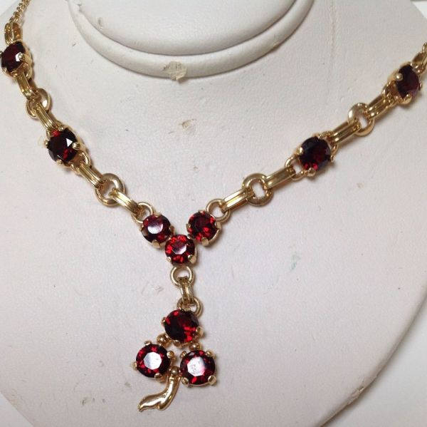 Garnet Necklace 14 Karat Yellow Gold Antiquesofriveroaks Ruby Lane