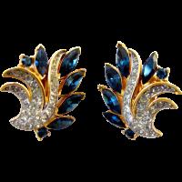 Crown Trifari Sapphire Blue Rhinestone Flower Clip ...