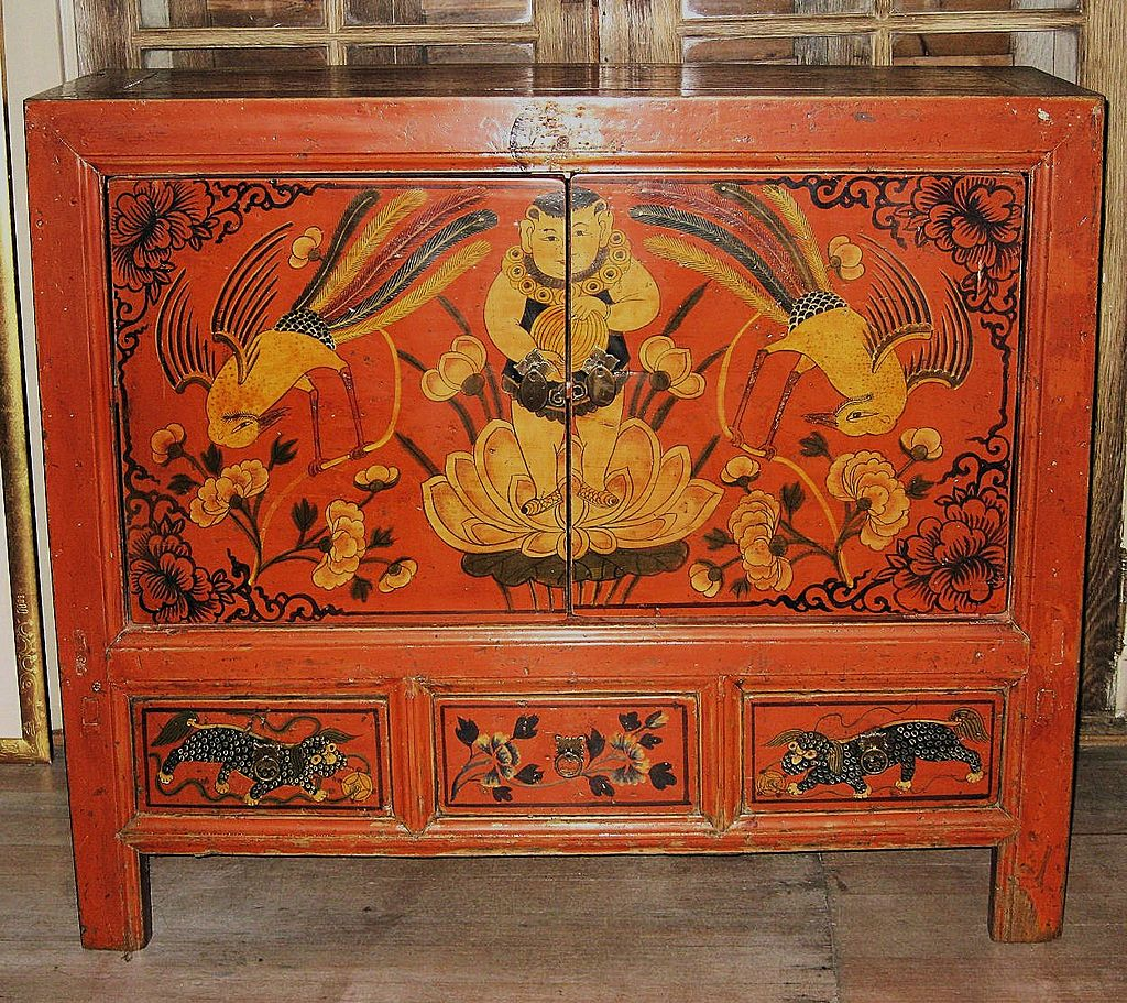 antique chinese dragon chair gaming chairs for xbox one painted red small cabinet from