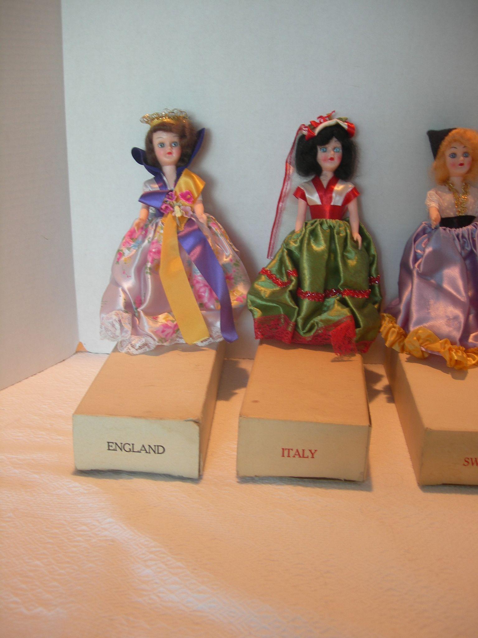 Blue Bonnet Margarine Dolls Of The World From