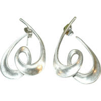 Vintage Sterling Silver Earrings from robbiaantique on ...