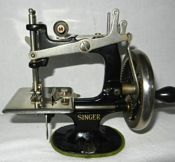 value of 1920 singer sewing machine