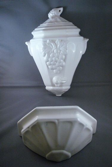 California Pottery Vintage Lavabo or Wall Pocket Set from