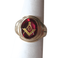10K Gold Masons Masonic Ruby Ring 6.9 Grams