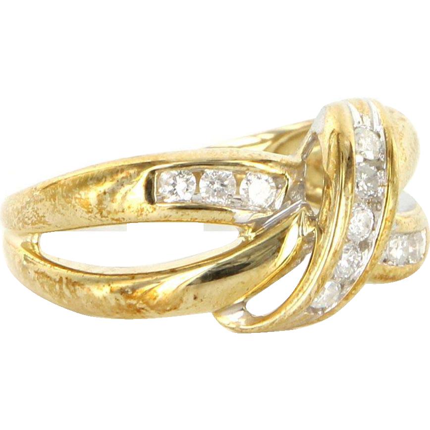 Vintage 10 Karat Yellow Gold Diamond Crossover Band Ring Fine Estate from preciousandrarepieces