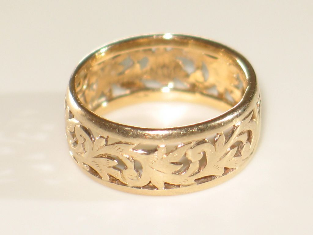 MINGS 14k Yellow Gold BandRing Wide Vintage Gold Band