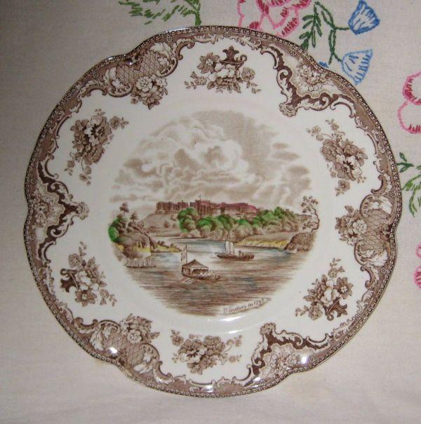 Johnson Britain Castles Windsor Dinner Plate