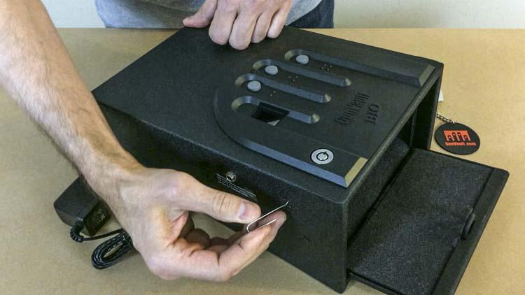 Gun Safe Fail Gunvault Minivault Biometric Gvb1000 The Truth