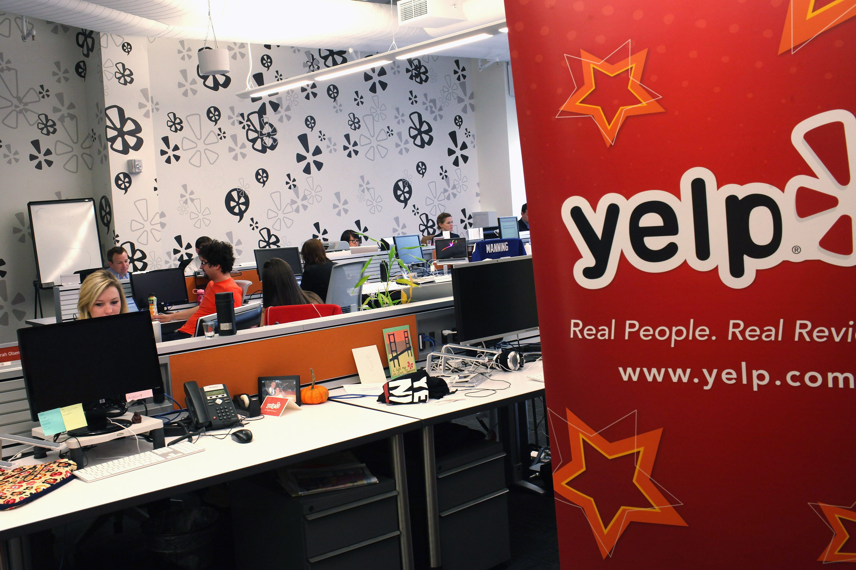 Yelps Algorithm Discards 25 of User Review Submissions