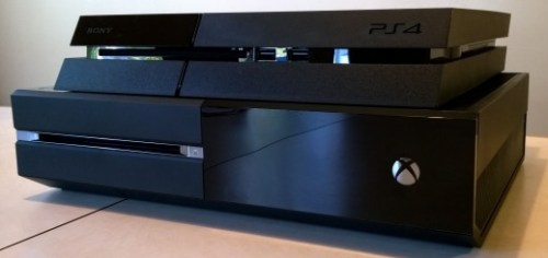 xboxone ps4 stack 520x245 PlayStation 4 beat Xbox One for January console sales, but Xbox One sold more games