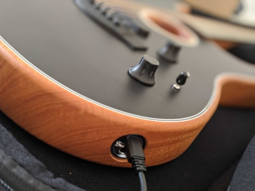 I just can't get over how good Fender's Acoustasonic Stratocaster sounds 2