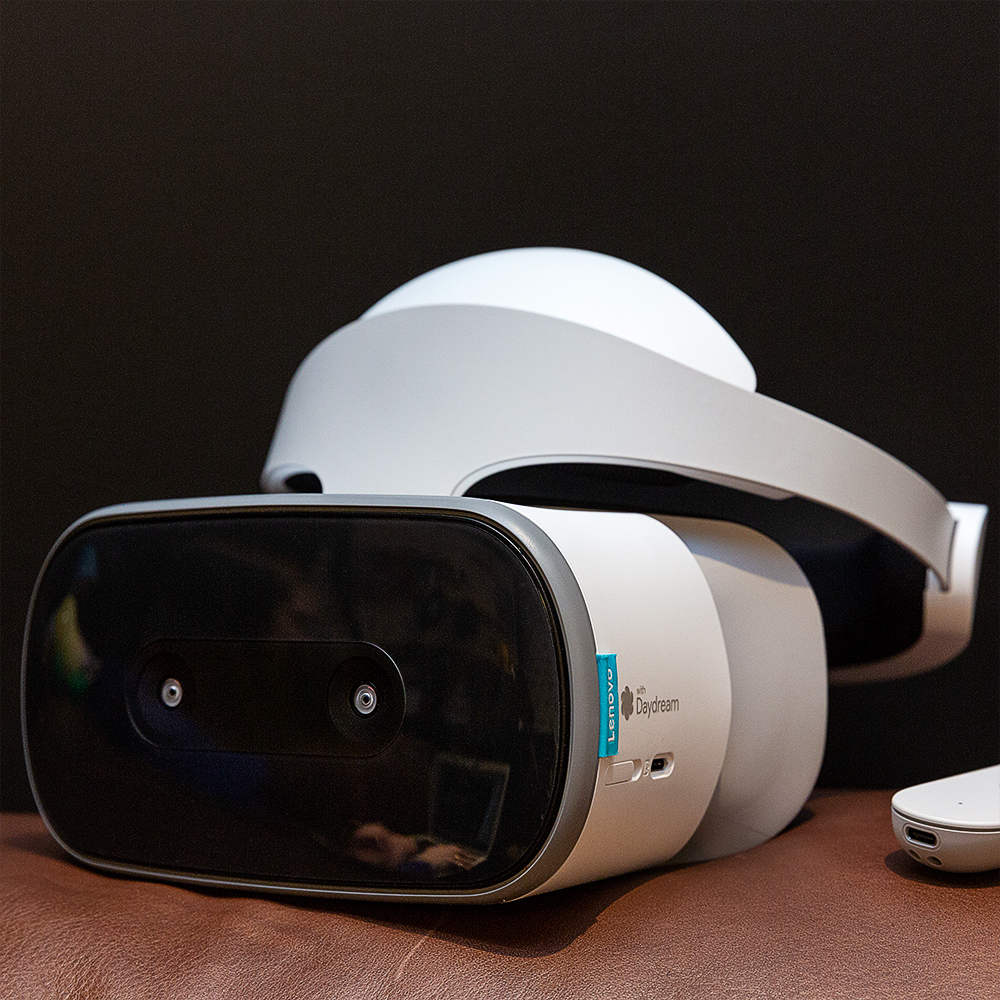Review: Lenovo's Mirage Solo VR headset is innovative but deeply limited - The Verge