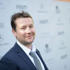 Behind The Chair App Dining Room Head Chairs Saw Creator Leigh Whannell Really Wants To Make A Children's Movie | Verge