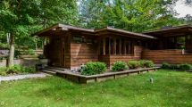 Stellar Frank Lloyd Wright-inspired Michigan Home Asks
