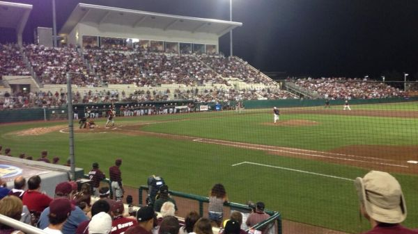 Two Rallies Lead Mississippi State Victory Over