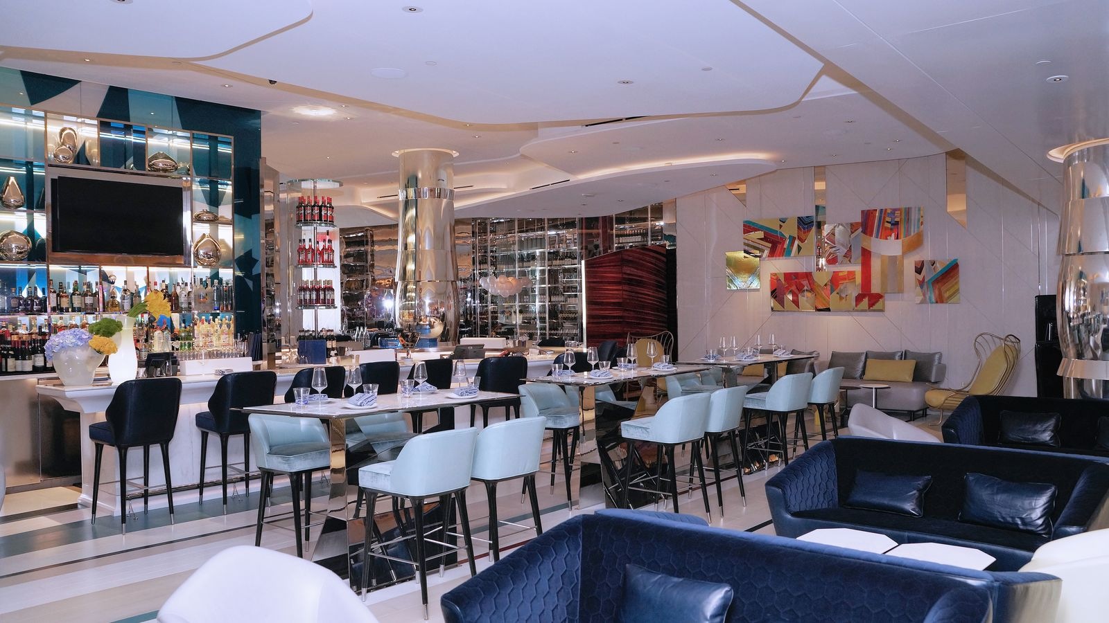 Be Captivated by Julian Serranos New Italian Restaurant Lago  Eater Vegas