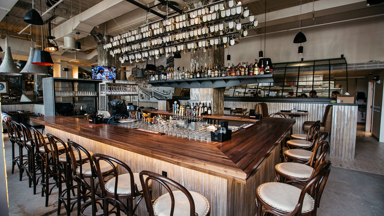 Behold Central Kitchen  Bar Downtowns Slick New Gastro
