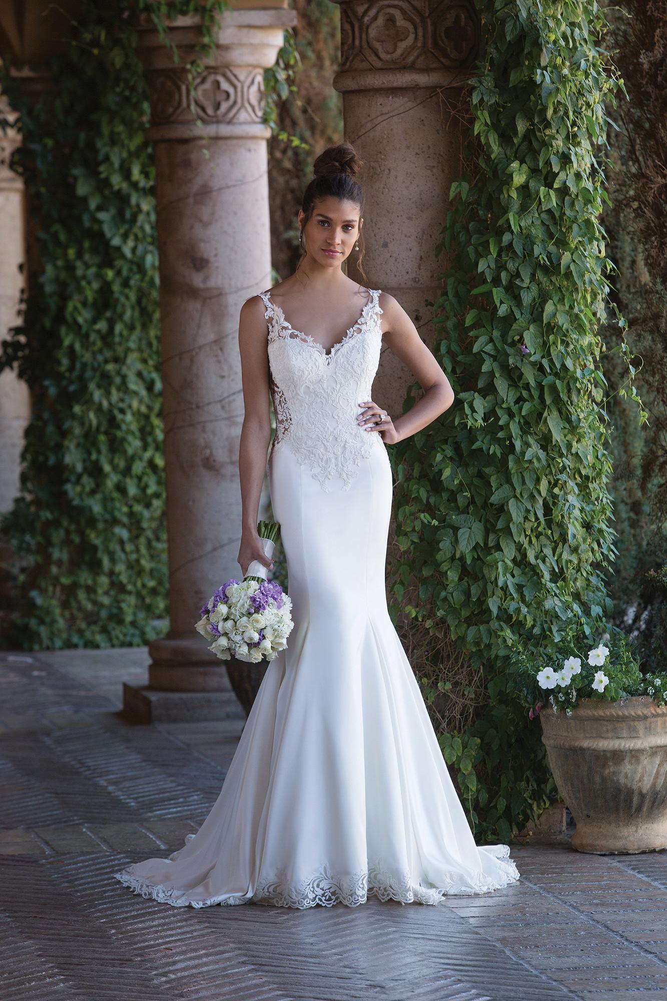 Wedding Dresses By Sincerity Bridal 4015 Weddingwire Ca
