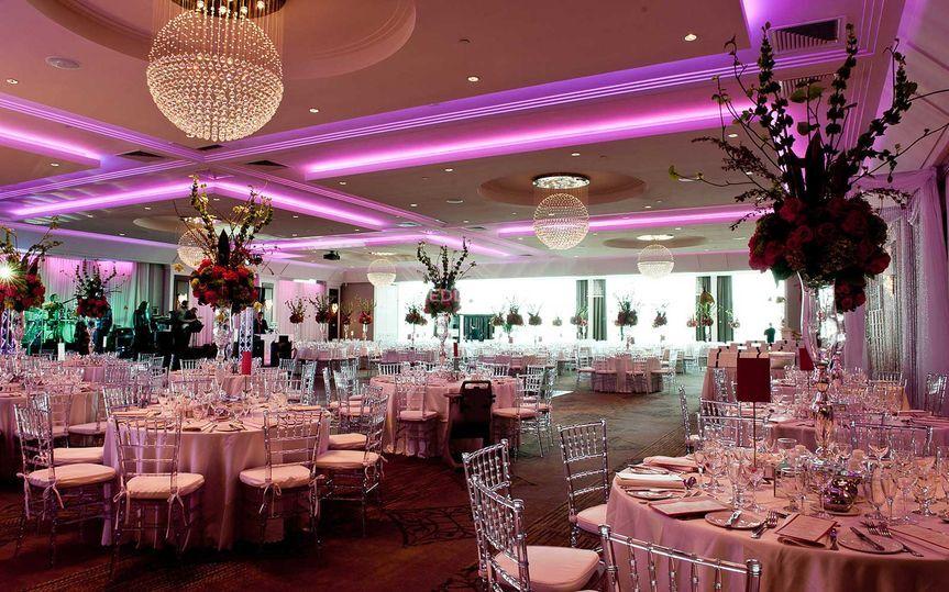 Menus Of Le Crystal Reception Hall Weddingwire Ca