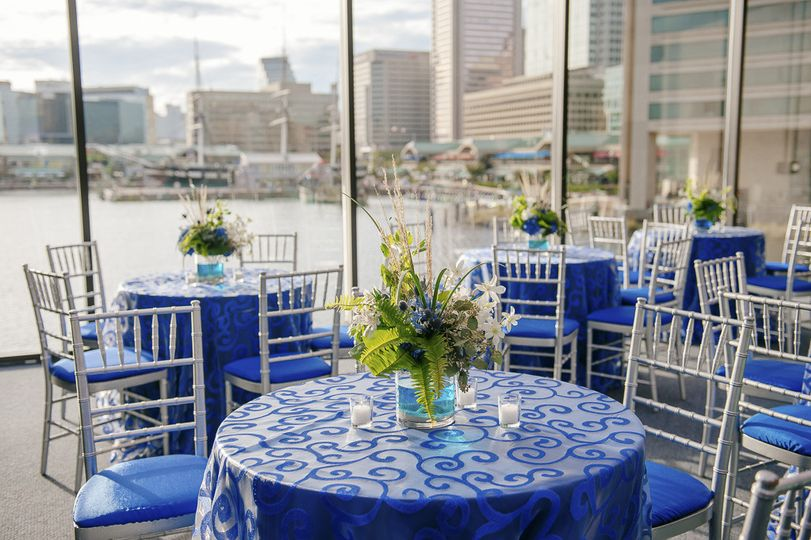 chair cover rentals baltimore md hanging canada national aquarium venue weddingwire wedding table setup