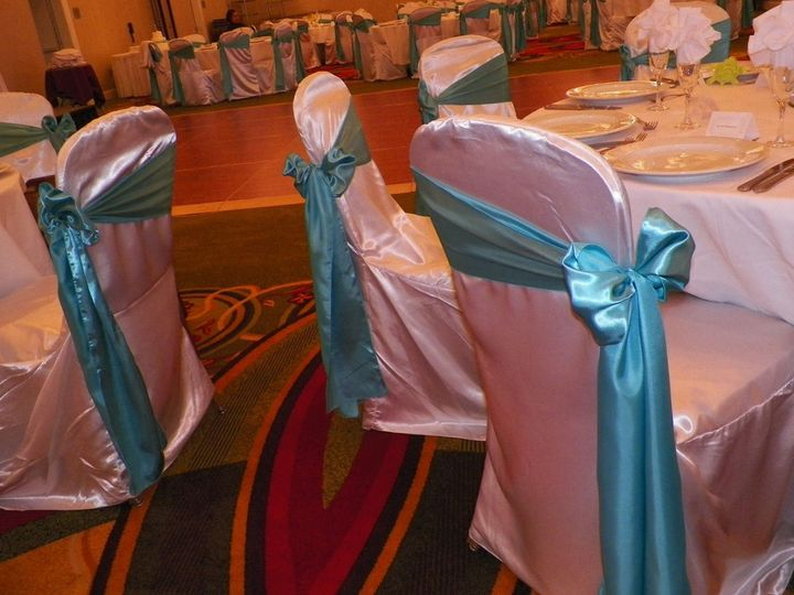 chair covers kansas city ergonomic office reviews emerald dream events venue ks weddingwire featured white satin banquet with a pool blue sash tied to the