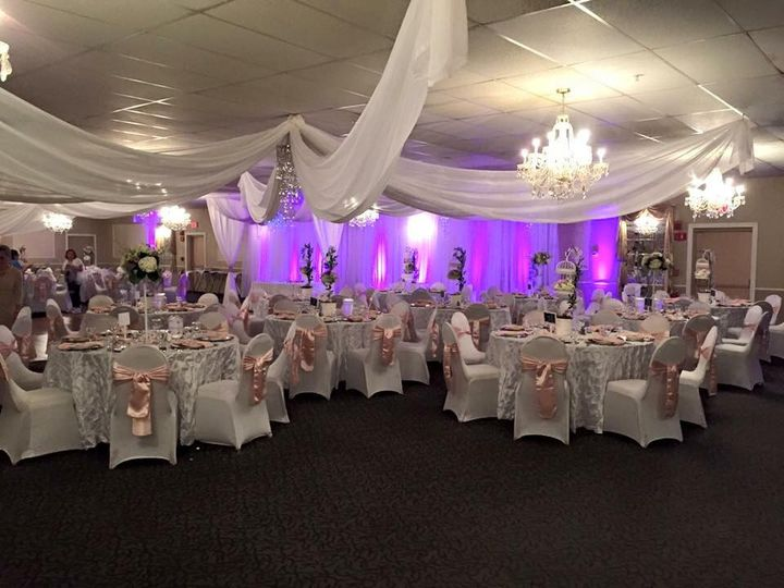 chair covers michaels posture task michael s function hall venue haverhill ma weddingwire weddiing reception