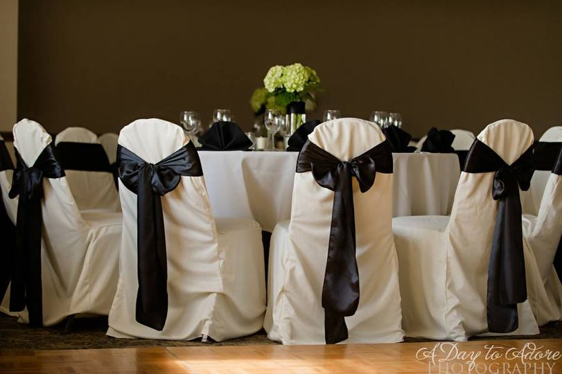 chair covers kansas city ball chairs for work st andrew s golf club venue overland park ks weddingwire sparkler exit