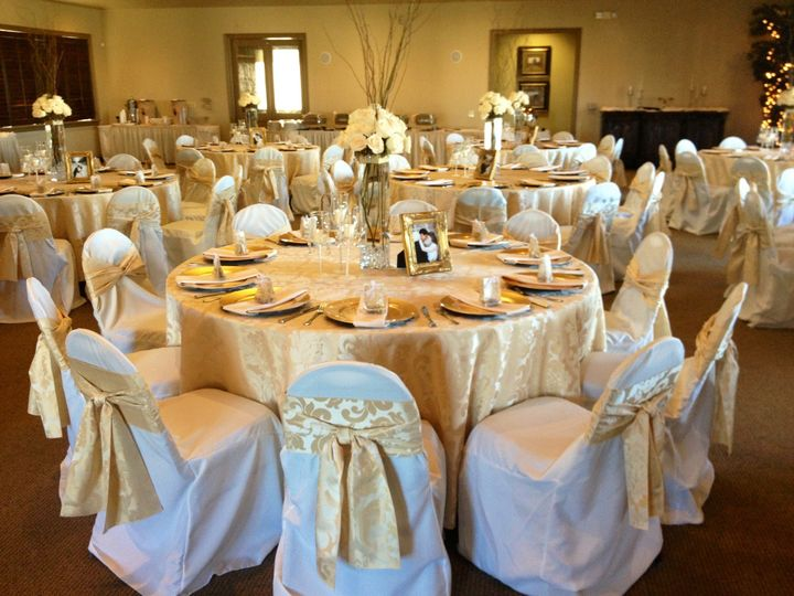 avery's chair covers and more circle bamboo avery ranch golf club venue austin tx weddingwire by the lake gold motif