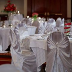Chair Cover Rentals Hartford Ct Table And Chairs Windsor Marriott Airport Venue Weddingwire Double Tier Head Wedding Reception