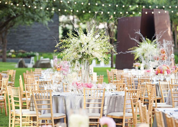 cheap chiavari chair rental miami waterproof covers contempo linen event rentals fl weddingwire outdoor reception