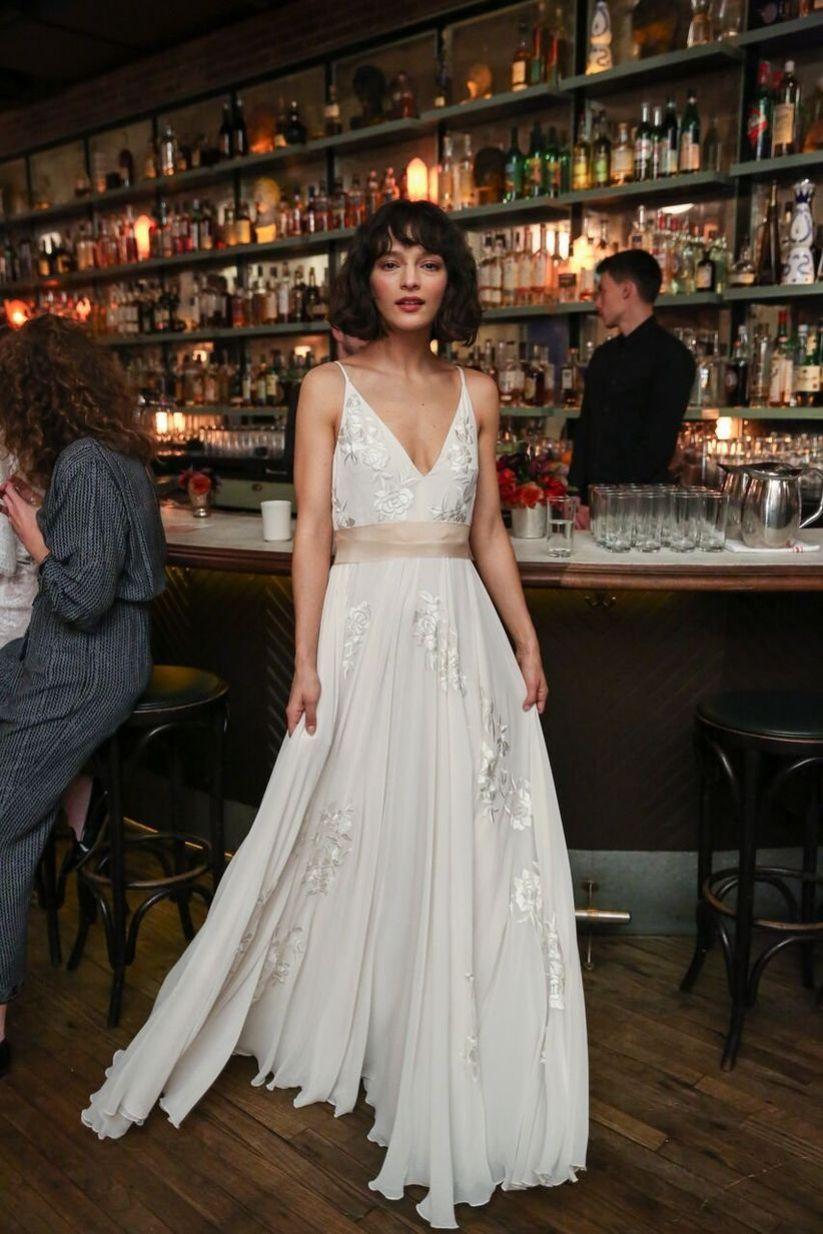 18 Beach Wedding Dresses for an Oceanfront Affair
