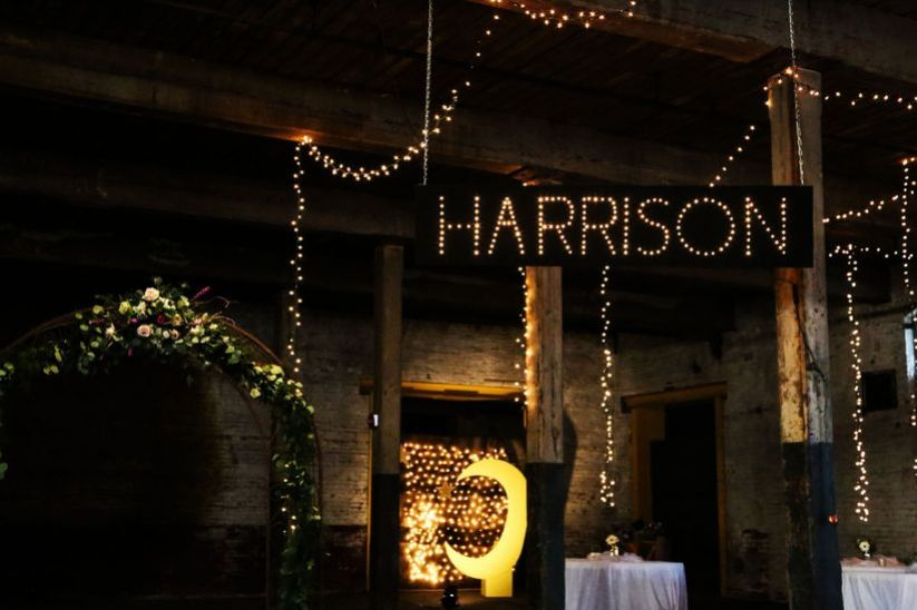 custom wedding lighting sign with last name