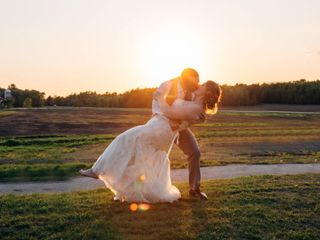 Green Bay Wedding Photographers - Reviews for 166 WI Photographers