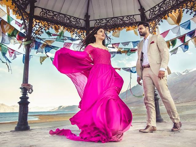 Pre-Wedding Shoot Dresses: 6 Outfits Worth The Click