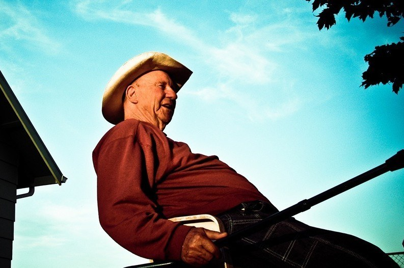 10 of the Best Country Songs About Grandpas