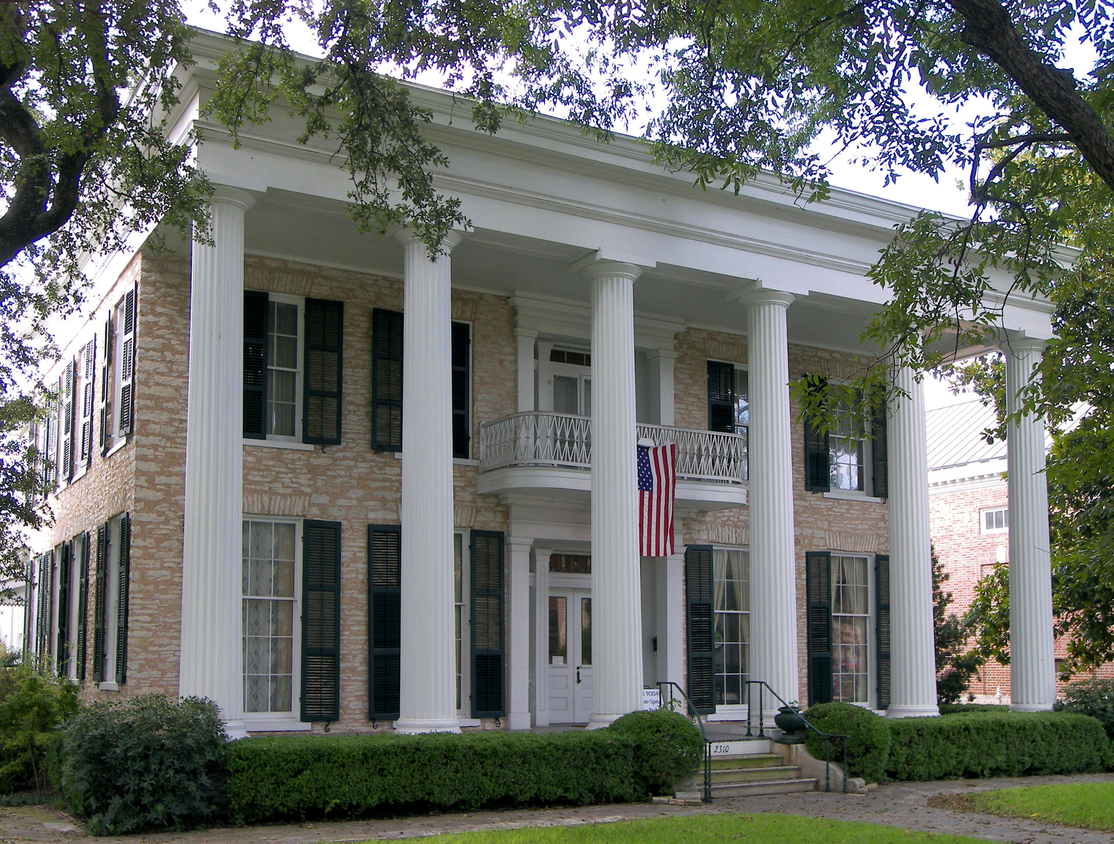 10 Beautiful Historic Texas Mansions Every Texan Should Visit