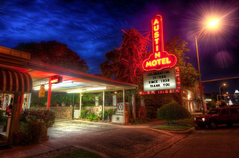 7 Vintage Texas Motels You Have to Visit