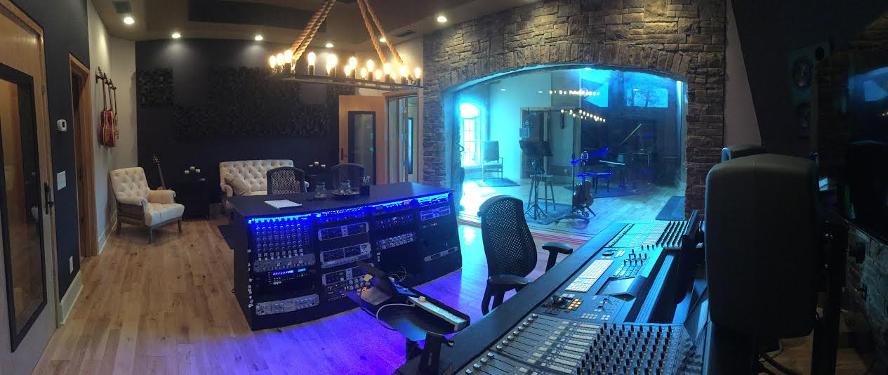 Step Inside Gretchen Wilsons Stunning Recording Studio