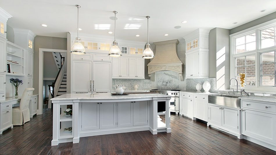 Shiplap  Farmhouse Sinks 21 Southern Kitchens We Love