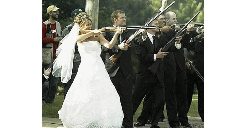 20 Hilarious Photos of Rednecks and Their Guns PICS