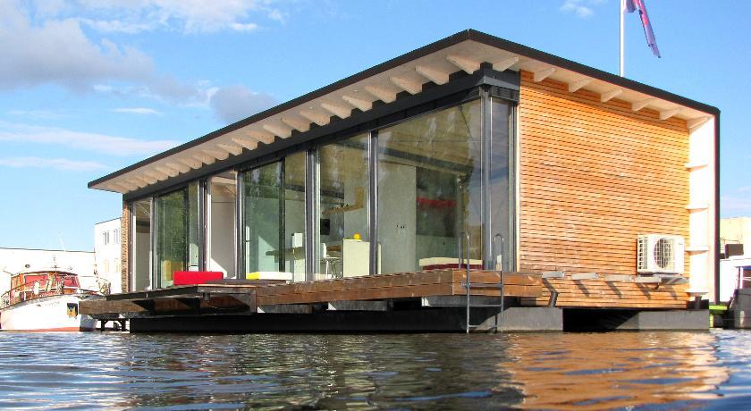 Fishing Vacation 7 Amazing Houseboats