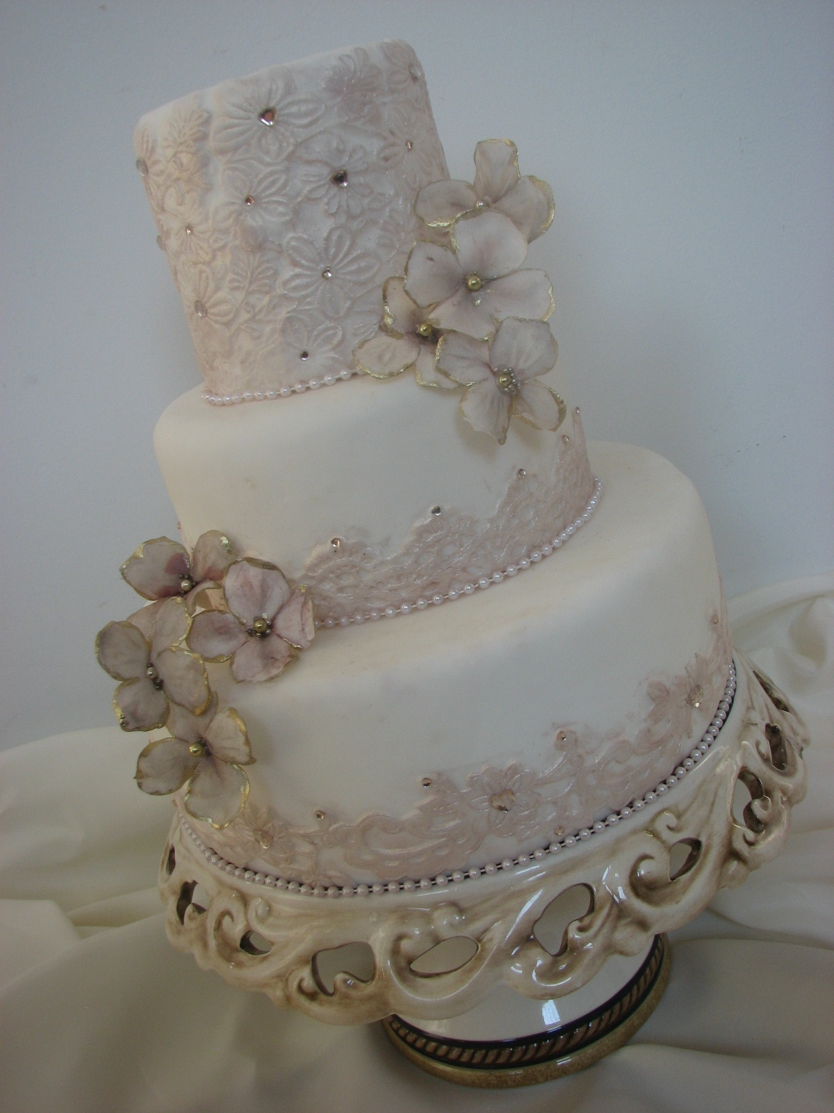 Maggiean Elegant And Tasteful Wedding Cake With Elements Of Fondant Lace Gumpaste Blossoms And