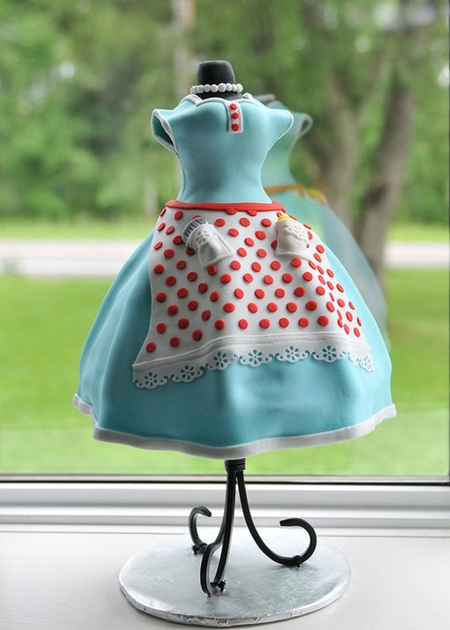 1950 S Housewife Dress Cake Cakecentral Com