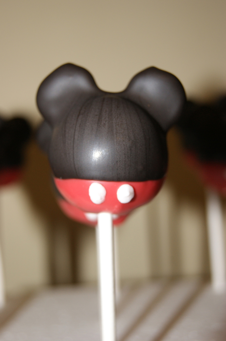 Mickey Mouse Cake Pops Cakecentral Com