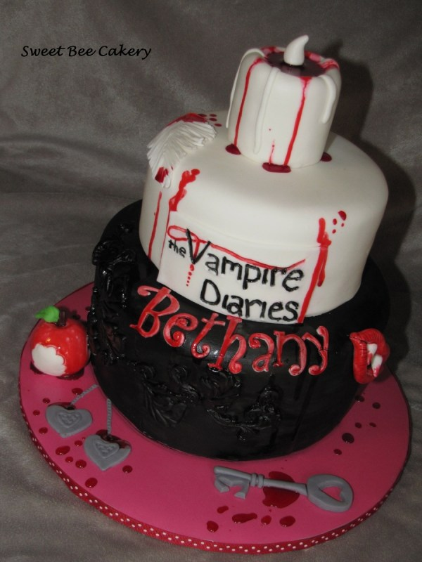 Vampire Diaries CakeCentralcom
