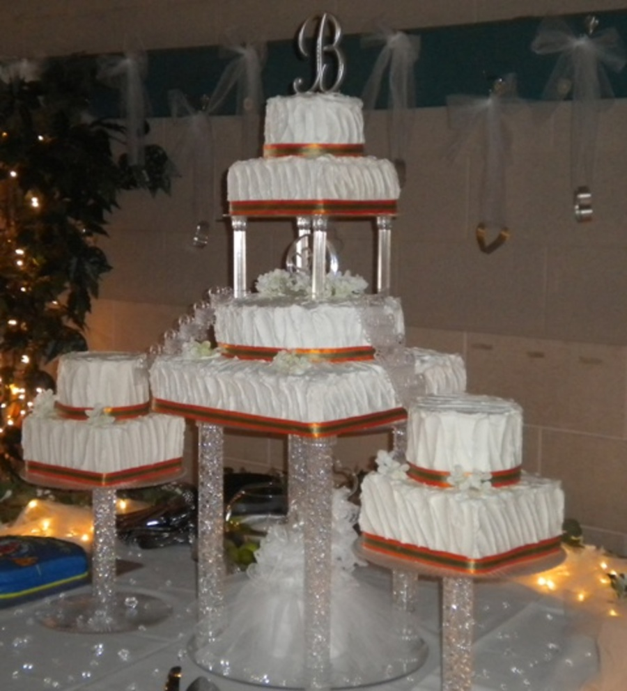Wedding Cake With Pillars And Fountain