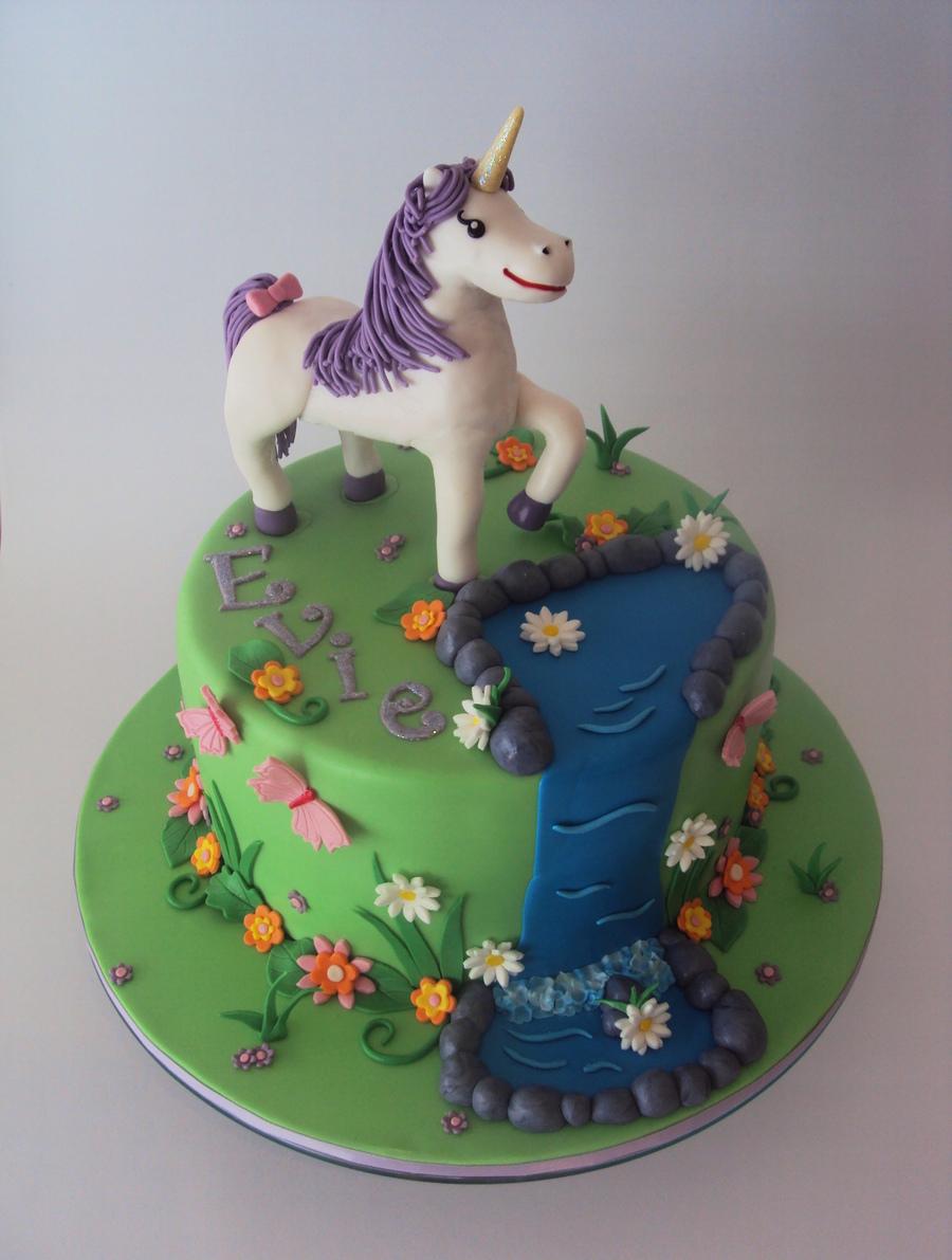 Enchanted Garden W Ith Unicorn Cakecentral Com